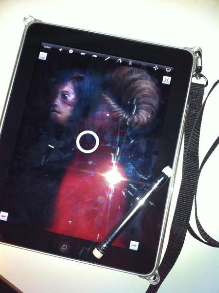 iPadと手作りスタイラスと画板ケース.jpg